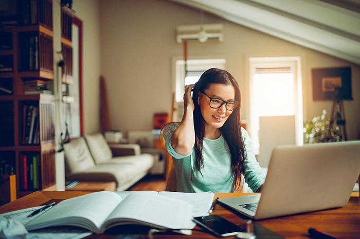 یادگیری زبان انگلیسی را آنلاین دنبال کنید