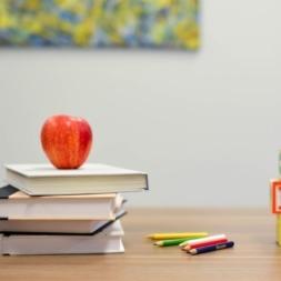 یادگیری زبان انگلیسی در منزل با ۱۰ روش کارآمد