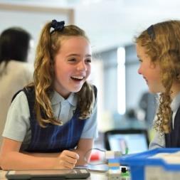 ۱۰ راه برای ایجاد اشتیاقِ یادگیری زبان انگلیسی در کودکان!