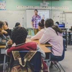 اهداف یادگیری زبان انگلیسی : ۹ دلیل برای چرایی و اهداف یادگیری زبان دوم
