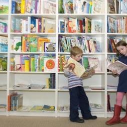 ۱۰ کتاب برتر یادگیری زبان انگلیسی برای کودکان با دانش انگلیسی مبتدی
