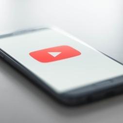 یادگیری زبان انگلیسی با یوتیوب ؟ معرفی ۱۱ کانال برتر