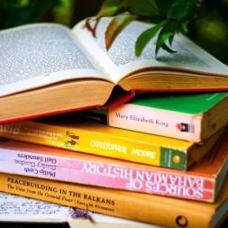 بهترین کتاب های زبان انگلیسی 【دانلود رایگان + PDF】