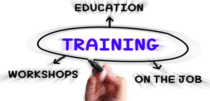 برگزاری دوره آموزش ضمن خدمت کارمندان اداری